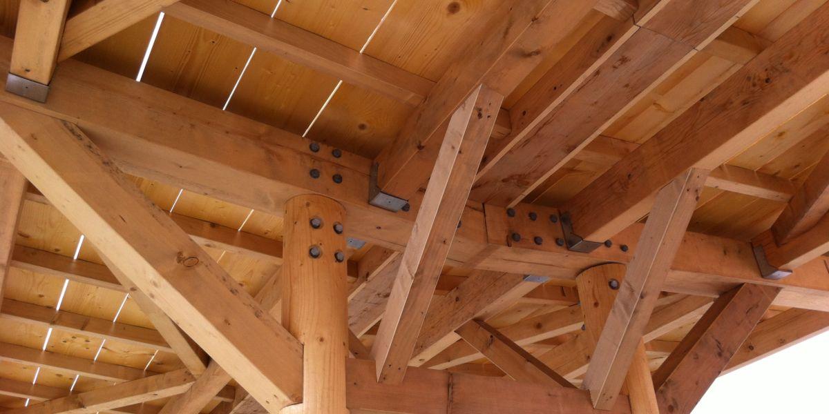 Halle municipale - charpente mixe lamellé collé et bois massif