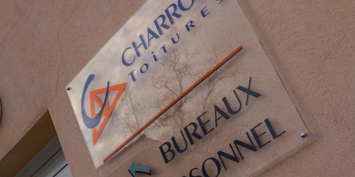 plaque-charroin-toiture
